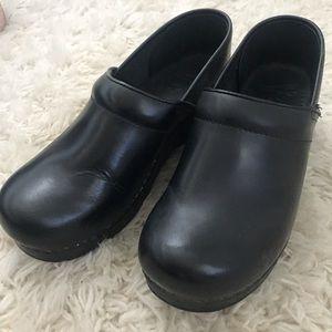 Dansko leather shoes/clogs size 39